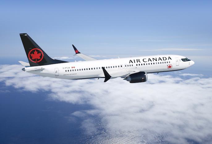 Air Canada plane going to Australia severe turbulance, injures 37 | ऑस्ट्रेलिया जा रहे एयर कनाडा के विमान ने हवा में खाये हिचकोले, 37 घायल