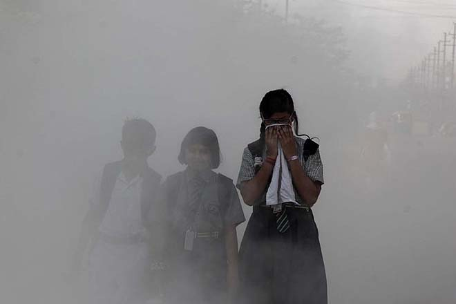 Center will hold a high-level meeting with officials of northern states today on the issue of pollution | प्रदूषण के मुद्दे पर केंद्र आज उत्तरी राज्यों के अधिकारियों के साथ उच्च स्तरीय बैठक करेगा