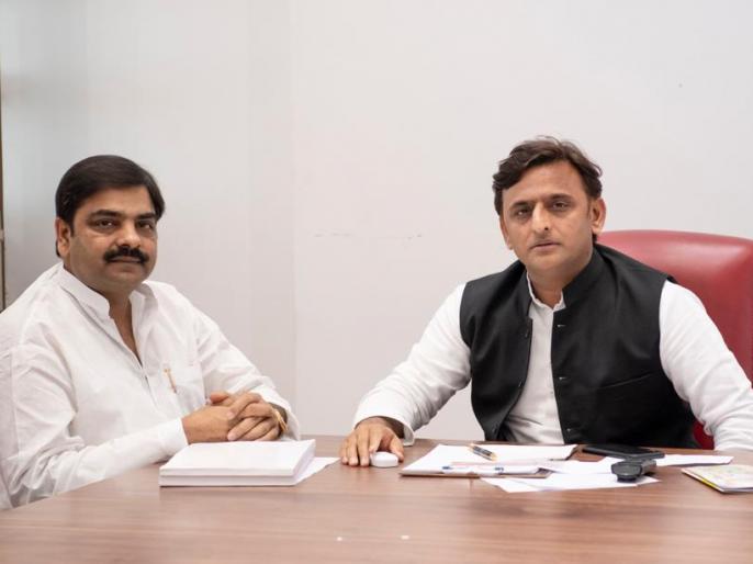 Lok sabha election 2019: samajwadi party change moradabad lok sabha seat candidate | समाजवादी पार्टी ने मुरादाबाद से बदला प्रत्याशी , नासिर कुरेशी की जगह इनको मिला टिकट