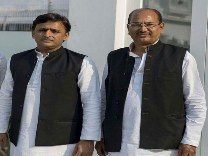 lok sabha election 2019: SP Arun Shankar Shukla will contest aginst sakshi maharaj from unnav | लोकसभा चुनाव 2019: सपा ने बदला उन्नाव से उम्मीदवार, बीजेपी के साक्षी महाराज को चुनौती देंगे अन्ना महाराज