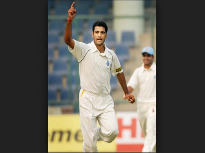 former indian cricketer and chairman of selectors amit bhandari beaten with hockey stick   पूर्व भारतीय क्रिकेटर पर हॉकी स्टिक से हमला, ले जाया गया हॉस्पिटल