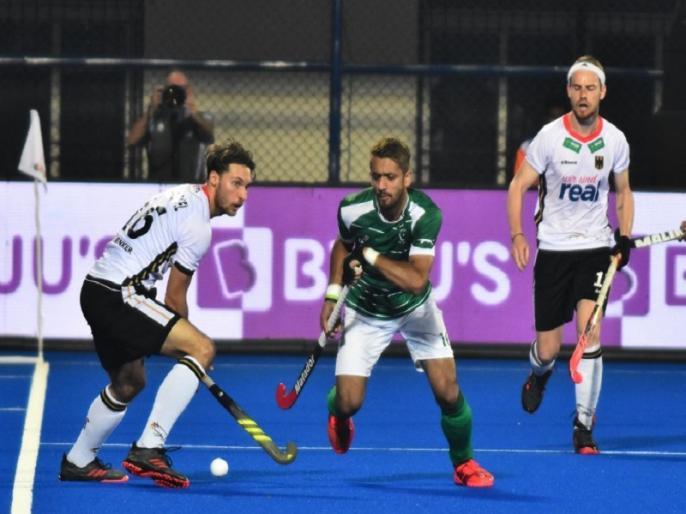 hockey world cup 2018 fih let off ammad butt with warning will play in match against netherlands | हॉकी वर्ल्ड कप: पाकिस्तान के अम्माद बट को फटकार लगाकर छोड़ा, नीदरलैंड के खिलाफ खेलेंगे