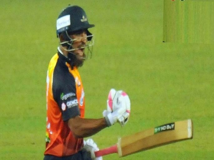 Ariful hero as Khulna beats Barishal in last-over thriller Bangabandhu T20 Cup 2020   आखिरी 7 गेंदों में चाहिए थे 28 रन, फिर बल्लेबाज ने कर दी छक्कों की बारिश और हारते-हारते जीत गई टीम