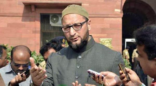 aimim chief asaduddin Owaisi on Love jihad demand - BJP is pretending to distract unemployed youth | लव जिहाद को लेकर कानून की मांग पर ओवैसी बोले- BJP बेरोजगार युवाओं को विचलित करने के लिए नाटक कर रही है