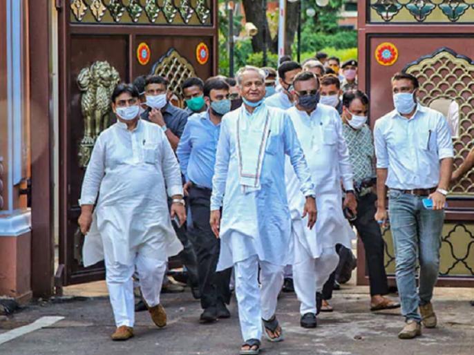 Ashok Gehlot May Shift Rajasthan Congress MLAs Again, Alleges Horse-Trading Rates Up | कांग्रेस विधायक जयपुर होटल से हो सकते हैं शिफ्ट, CM गहलोत का आरोप- MLA के खरीद-फरोख्त का BJP ने रेट बढ़ाया