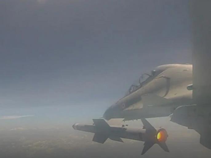 India increases its strength in sky, third test of 'Astra' missile successful done by IAF & DRDO   भारत ने आसमान में बढ़ाई अपनी ताकत, 'अस्त्र' मिसाइल का तीसरा परीक्षण सफल