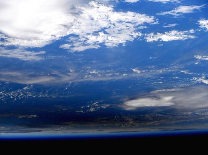 Video: Astronaut victor glover shares first Earth-made video from space, goes viral   Video: अंतरिक्षयात्री ने शेयर किया स्पेस से बनाया गया पृथ्वी का पहला वीडियो, हुआ वायरल