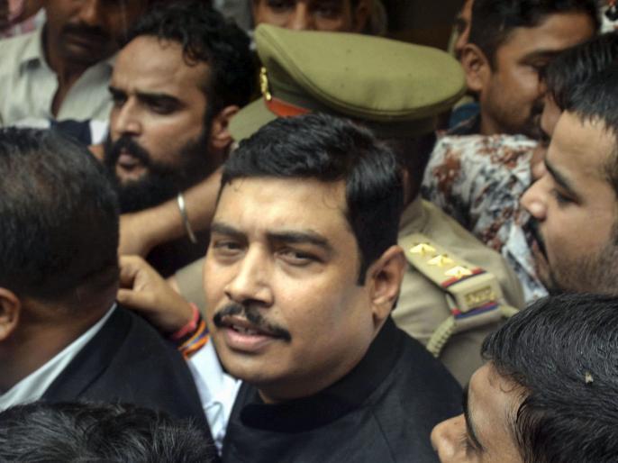 Rape victim accuses BSP MP atul rai of threatening video goes viral   बसपा सांसद पर रेप का आरोप लगाने वाली पीड़िता वीडियो वायरल कर बोली, मिल रही है जान की धमकी, मोदी जी और योगी जी इंसाफ दें