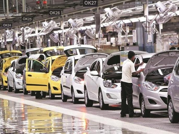 Auto sector continues to witness slowdown domestic sales slump in August | आर्थिक मंदी का गवाह ऑटो सेक्टर, देखें मारुति सुजुकी, होंडा, महिंद्रा, टाटा सहित बड़ी कार निर्मता कंपनियों की बिक्री में आई कितनी गिरावट
