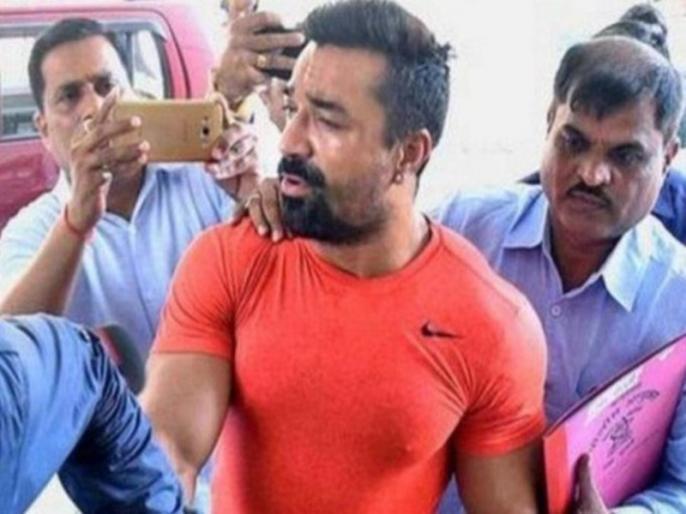 Ejaz Khan post objectionable videos angry fans Mumbai police to arrest him   एजाज खान को आपत्तिजनक वीडियो पोस्ट करना पड़ा महंगा, भड़के फैंस ने मुंबई पुलिस से की एक्टर को अरेस्ट करने की मांग