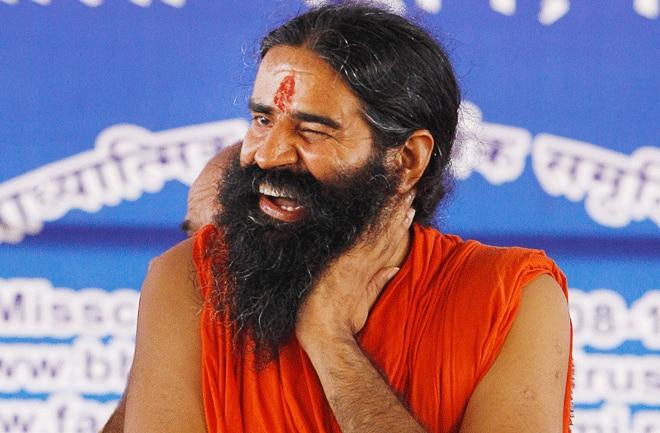 Trend on Twitter to protest Baba Ramdev's controversial statement #ShutdownPatanjali, users have targeted | बाबा रामदेव के विवादित बयान के विरोध में ट्विटर पर ट्रेंड हुआ #ShutdownPatanjali, यूजर्स ने ऐसे साधा निशाना