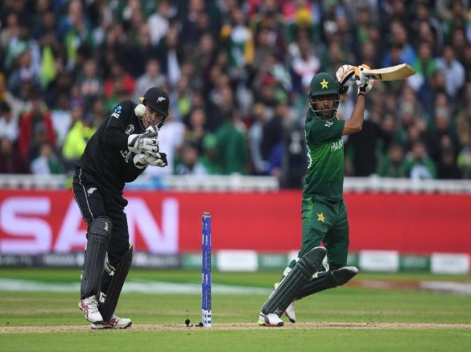 ICC World Cup 2019, Pakistan vs New Zealand: Pakistan won by 6 wkts   ICC World Cup 2019, Pak vs NZ: बाबर आजम के दम 6 विकेट से जीता पाकिस्तान, सेमीफाइनल की उम्मीदें कायम