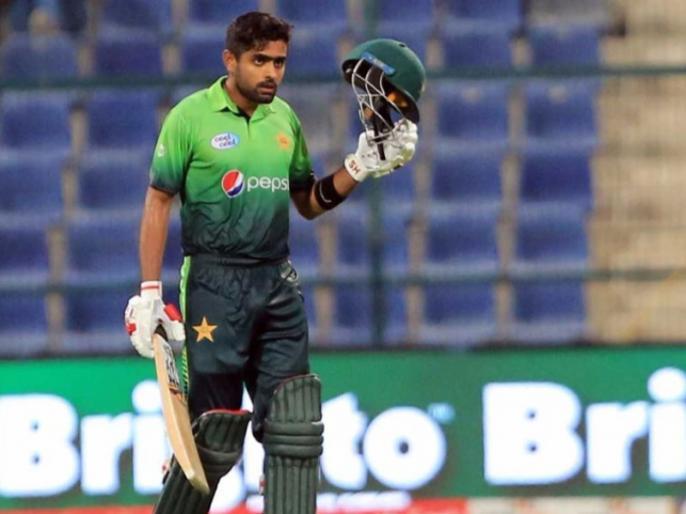 ICC World Cup, Ind vs Pak: Watching Virat Kohli's Videos to Prepare for India Clash, says Babar Azam   Ind vs Pak: कोहली के वीडियो देख बैटिंग सीख रहा है ये पाकिस्तानी बल्लेबाज, भारत के खिलाफ करेगा इस्तेमाल
