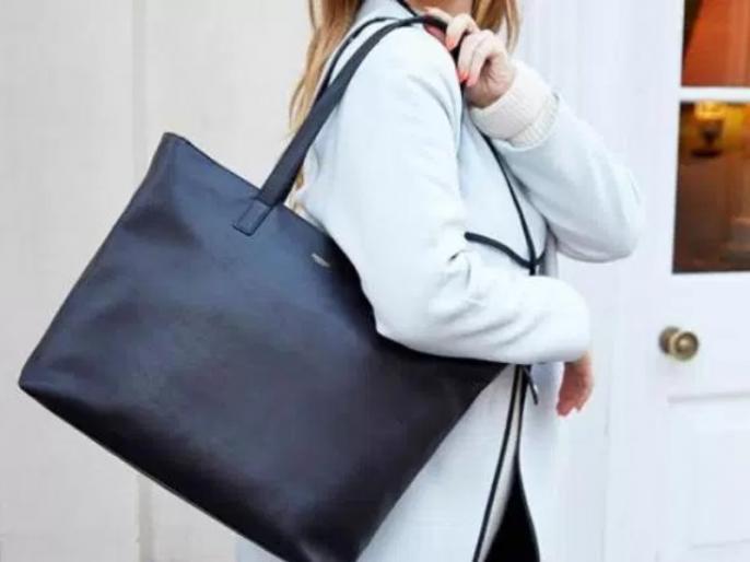 Tips to take care of your handbag | इस तरह करें हैंडबैग का रखरखाव, लंबे समय तक कर पाएंगी इस्तेमाल