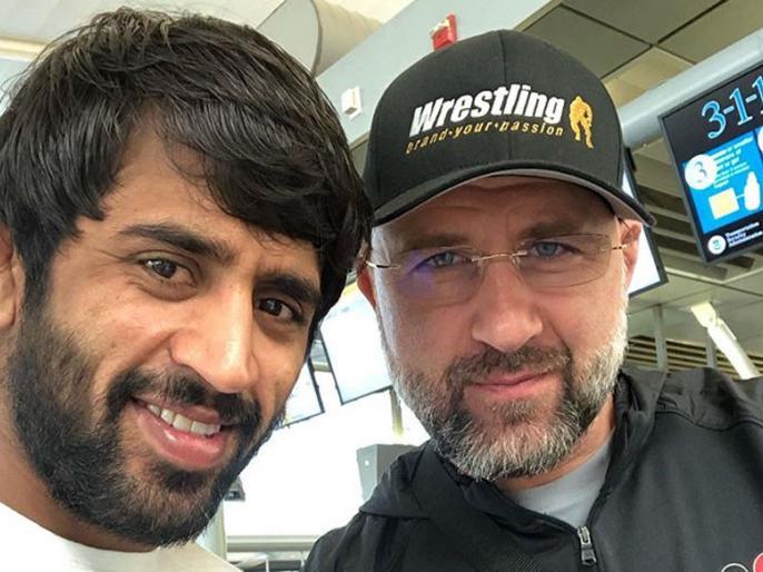 2020 Olympics soon, why Bajrang Poonia and coach Shako make distances, what wrestler fired them | 2020 ओलंपिक जल्द, क्योंबजरंग पूनिया और कोचशाको में बनी दूरियां, क्यापहलवान ने उन्हें निकाल दिया