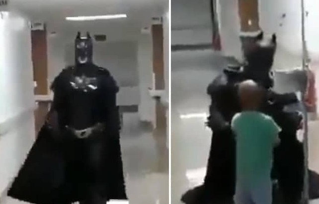 The doctor wear Batman's dress to fulfill the dream of a cancer patient child, video Viral   कैंसर मरीज बच्चे के सपने को पूरा करने के लिए डॉक्टर ने पहना बैटमेन का ड्रेस, वायरल हो रहा है वीडियो