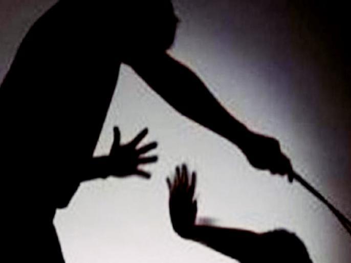 Rajasthan jaisalmer crime comment on women, dispute between two sides, killing one, father and son injured, two policemen hurt | Rajasthanki khabar:महिलाओं पर टिप्पणी,दो पक्षों में विवाद, एक की हत्या,पिता—पुत्र घायल, दो पुलिसकर्मियों को चोट लगी