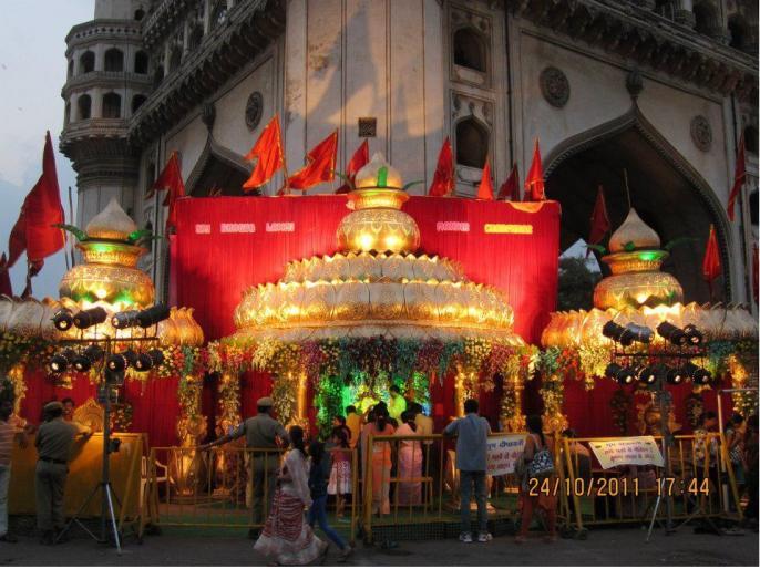 history of the bhagyalakshmi temple Hyderabad Municipal Corporation Election bjp made issue trs aimim | हैदराबाद नगर निगम चुनावः चर्चा मेंभाग्यलक्ष्मी मंदिर, जानिए इसके बारे में