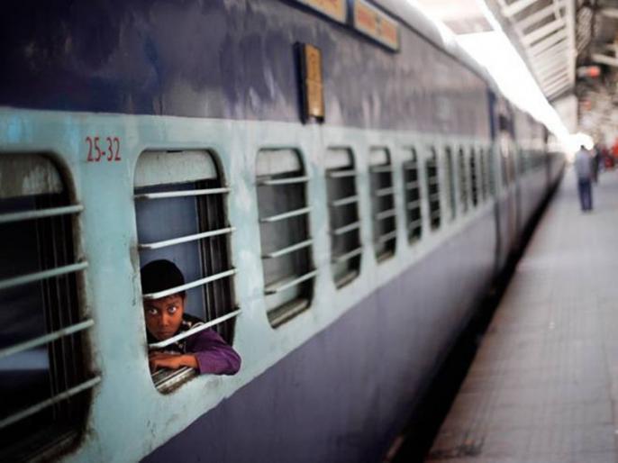 trains canceled in bihar Lockdown know which ones are included | यात्रा करने से पहले हो जाए 'अलर्ट', बिहार में 15 मई तक लॉकडाउन, इन ट्रेनों को किया गया रद्द
