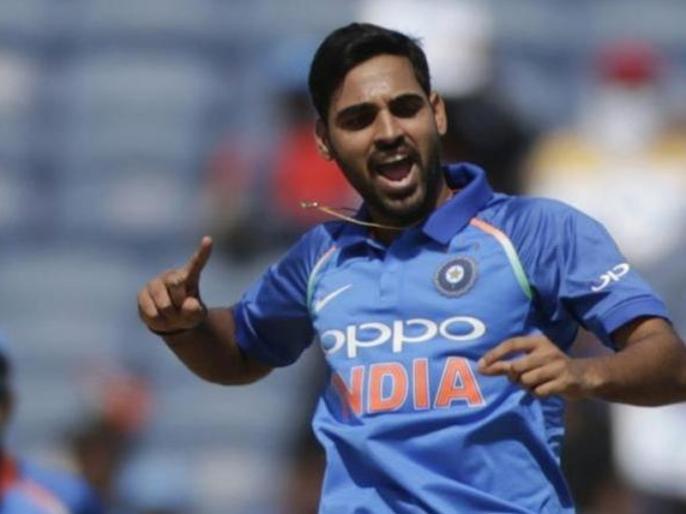 Ind vs Aus, 1st ODI: Bhuvneshwar Kumar picks up his 100th ODI wickets | Ind vs Aus: भुवनेश्वर कुमार ने हासिल की ये खास उपलब्धि, पहले वनडे में ही बनाया रिकॉर्ड