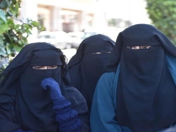 Bihar: Ban on girls of women's college in Patna wearing burqa, will have to pay fine of Rs 250 for violation | बिहार: पटना में वीमेंस कॉलेज की छात्राओं के बुर्का पहनकर आने पर पाबंदी, उल्लंघन करने पर देना होगा 250 रुपये जुर्माना