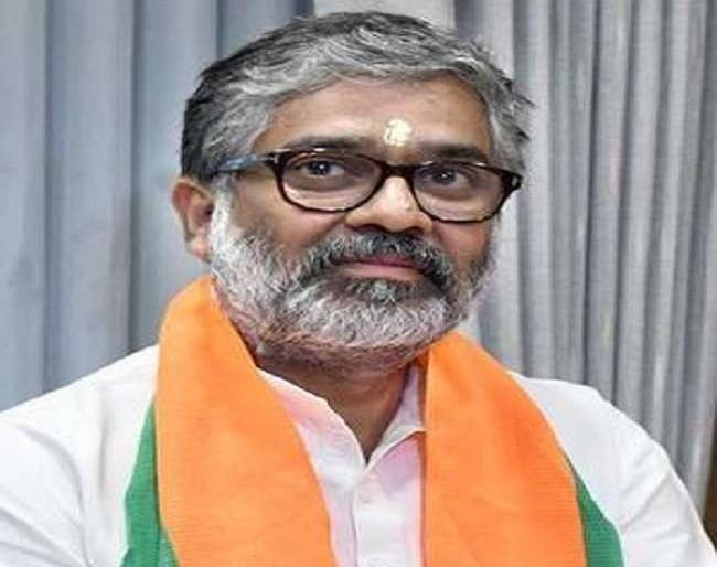 BJP's Neeraj Shekhar Files Nomination Papers for Rajya Sabha Bypoll from UP | राज्यसभा उपचुनावःपूर्व प्रधानमंत्री चंद्रशेखर के पुत्र नीरज शेखर ने यूपी से कियानामांकन