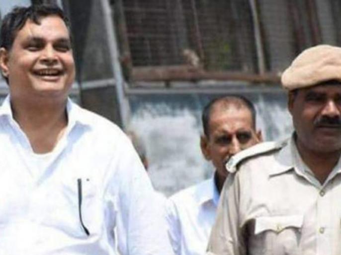 muzaffarpur Shelter case: 40 number list from brajesh thakur, CBI releases his son | मुजफ्फरपुर शेल्टर कांड के कितने राज? आरोपी ब्रजेश ठाकुर के पास से मिले 40 नंबर, मंत्री जी का नाम भी शामिल!