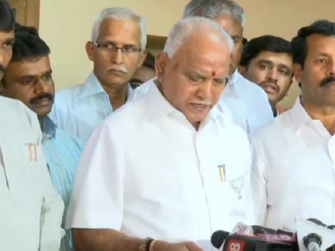 after Lok Sabha elections, Congress-JDS coalition government may fall says BS Yeddyurappa | येदियुरप्पा ने कहा, लोकसभा चुनाव के बाद कर्नाटक में कांग्रेस-जदएस गठबंधन सरकार बने रहने पर संदेह