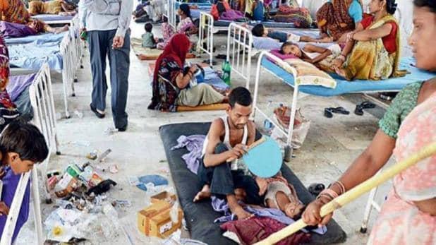 aaj tak Anjana Om Kashyapreporting on Bihar Encephalitis Death facing criticism | बिहार: 'चमकी बुखार' पीड़ित बच्चों वाले ICU में घुस कर रिपोर्टिंग करने से टीवी एंकर पर भड़का सोशल मीडिया