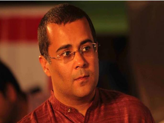 chetan bhagat tweet on indian economy hindu muslim | चेतन भगत ने भारतीय अर्थव्यवस्था को लेकर कर किया ट्वीट, लिखा-हालात सुधरना मुश्किल, क्योंकि हिंदू-मुस्लिम...