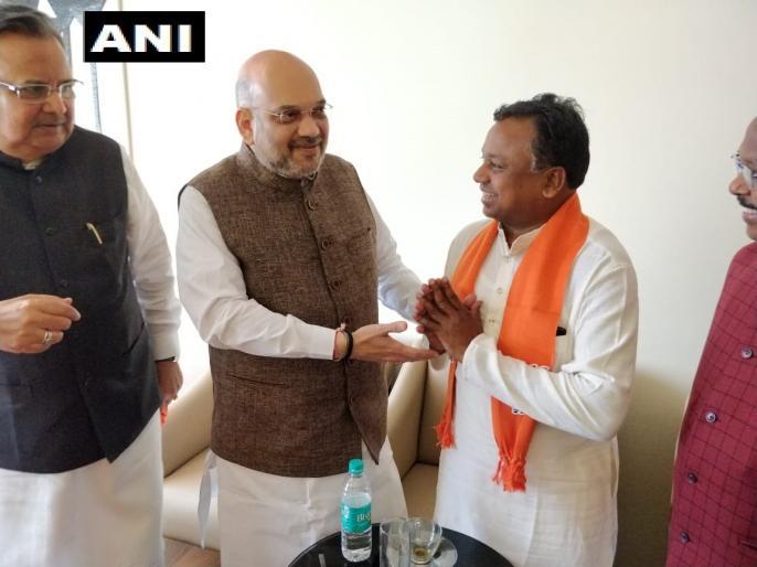 Congress Chhattisgarh working president Ramdayal Uike joined BJP | छत्तीसगढ़ चुनाव: कांग्रेस के वर्किंग प्रेसिडेंट रामदयाल उइके ने ज्वॉइन की बीजेपी, अमित शाह का बड़ा दांव