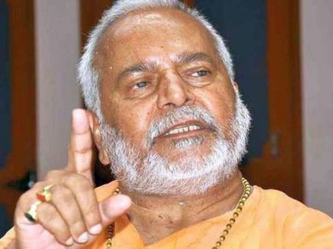 swami chinmayanand case accused of rape BJP leader sit questioned for 7 hours | रेप के आरोपी बीजेपी नेता स्वामी चिन्मयानंद से SIT ने 7 घंटे की पूछताछ, शयन कक्ष भी किया सील