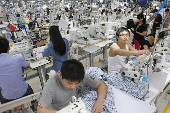 Blog of Gaurishankar Rajhans: Exploitation of Migrant Laborers in China | गौरीशंकर राजहंस का ब्लॉग: चीन में प्रवासी मजदूरों का शोषण
