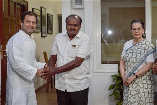 KARNATAK ALLAINCE: CONGRESS WILL FIGHT ON 20 SEATS AND JDS WILL CONTEST ON 8 SEATS | लोकसभा चुनाव 2019: कर्नाटक में कांग्रेस और जेडीएस के बीच सीटों का फार्मूला तय, कांग्रेस निभाएगी बड़े भाई की भूमिका