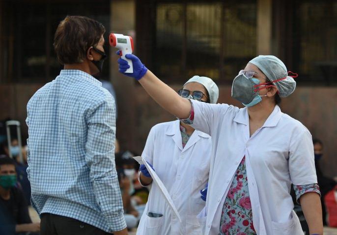 Highest ever spike of 6977 COVID 19 cases 154 deaths in India in the last 24 hours | कोरोना वायरस: देश में पिछले 24 घंटे में रिकॉर्ड 6977 मामले, मृतक संख्या 4021 हुई, केसों की संख्या 1.38 लाख पार