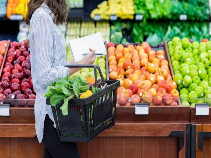 Coronavirus, COVID-19 prevention tips: safety tips for shopping groceries, safe shopping tips during covid-19, coronavirus precaution and prevention tips in Hindi | कोरोना वायरस : बाजार से खरीदी गईं खाने-पीने की चीजों को ऐसे करें साफ, घर में नहीं घुसेगा वायरस