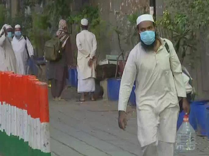 8 out of 12 people detained from Latur mosque infected with coronavirus | Maharastra Ki Taja Khabar: लातूर की मस्जिद से हिरासत में लिए गए 12 लोगों में 8 कोरोना वायरस से संक्रमित