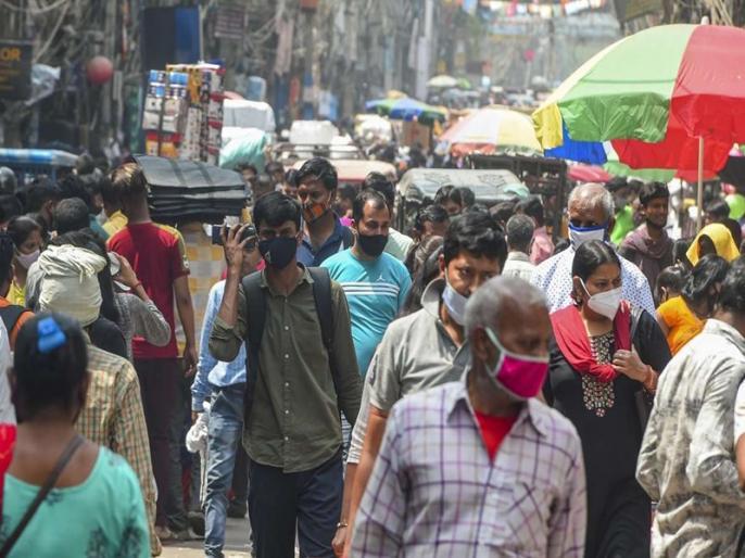Delhi daily Covid-19 cases drop below 5000 for first time after April 5 | दिल्ली में 42 दिनों के बाद पहली बार 5,000 से कम नए केस आए, 340 लोगों की हुई मौत
