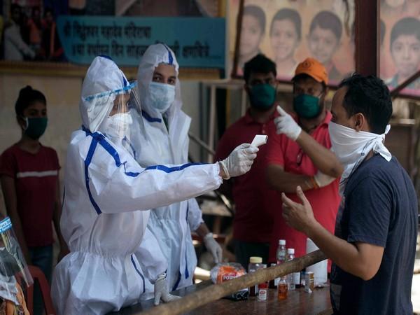 Corona virusCovid Cases In India14989 new cases98 more deaths due to infection Maharashtra leads | कोरोना वायरसः14989 नए केस,संक्रमण से 98 और लोगों की मौत, महाराष्ट्र सबसे आगे