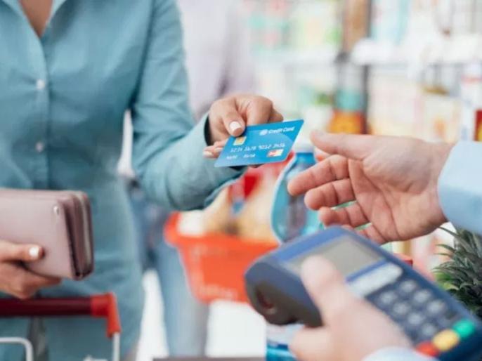 RBI extends moratorium on credit card dues by 3 months: Here's how it will impact you | क्रेडिट कार्ड के बकाये पर भी मोरेटोरियम का विकल्प, EMI नहीं देने पर आपको हो सकता है घाटा