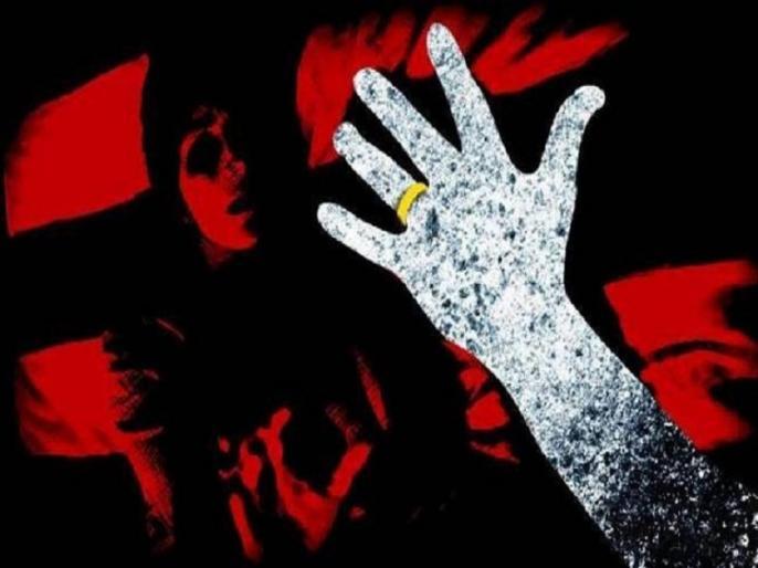 Acid attack on three girls including two sisters for refusing marriage in Pakistan | पाकिस्तान: शादी से इंकार करने पर तेजाब से हमला, दो बहन समेत तीन लड़कियां झुलसी