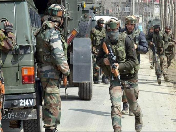 Jammu & Kashmir Terrorists attack on CRPF patrolling party in Sopore | जम्मू-कश्मीर: CRPF की पेट्रोलिंग पार्टी पर आतंकी हमले में एक जवान शहीद, 3 घायल, एक नागरिक की भी गई जान
