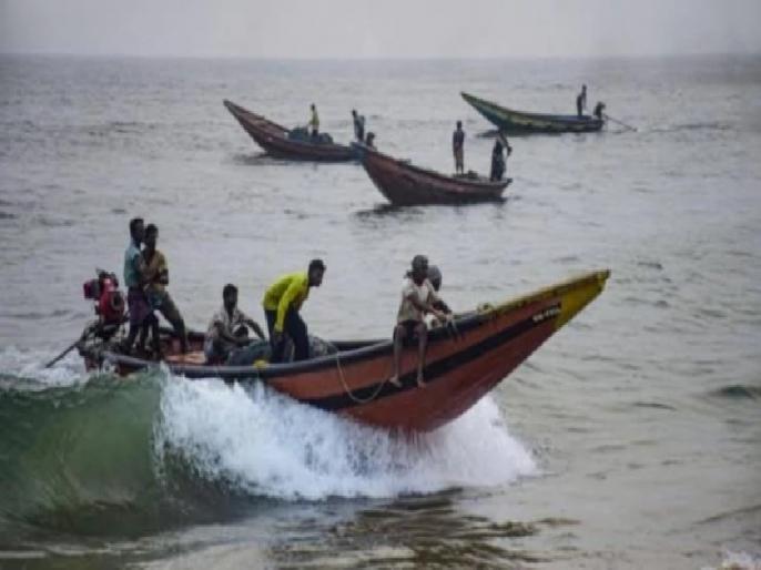 Cyclone Bulbul hits bangladesh, 2-1 million people evacuated | चक्रवात 'बुलबुल' का बांग्लादेश पर कहर, दो की मौत, 21 लाख लोग सुरक्षित स्थानों पर पहुंचाए गए