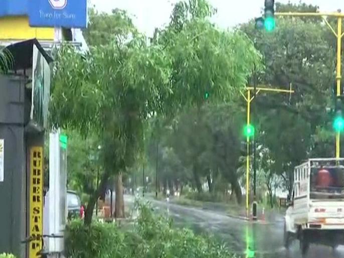Cyclone Tauktae hit coastal parts of Goa whil karnataka 4 people dies heavy rain | Cyclone Tauktae: गोवा के तट से टकराया 'तौकते' तूफान, कर्नाटक में 73 गांव प्रभावित, चार लोगों की मौत