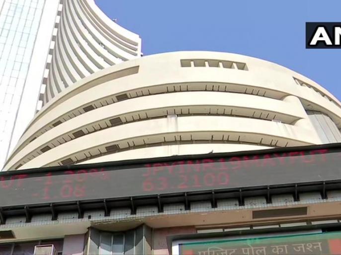 Domestic stocks skyrocketed to close at record highs. #Sensex closed 1,422 points, higher at 39,352.67. | एग्जिट पोल पर बाजार में बहार,सेंसेक्स 1,422 अंक उछला,निवेशकों की संपत्ति 5.33 लाख करोड़ रुपये बढ़ी