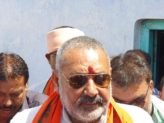 Giriraj Singh Sends A Message To The Opposition After Exit Poll Projections, Doesn't Spare Mamata Banerjee And Chandrababu Naidu. | भाजपा नेता गिरिराज काट्वीट,एग्जिट पोल देखकर ममता, नायडू सहित पूरा विपक्ष आईसीयू में
