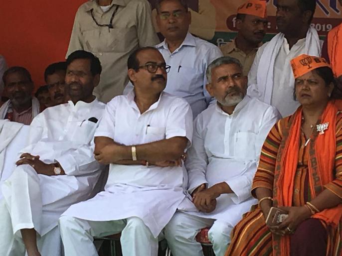 lok sabha election 2019 April-May not appropriate for polls, election be held in Nov or Feb: Ram Vilas Paswan. | चुनाव के लिए अप्रैल-मई उचित समय नहीं, चुनाव नवंबर या फरवरी में होना चाहिए: पासवान