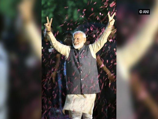 lok sabha election 2019 Hectic foreign policy engagements await new Modi government. | भाजपा की प्रचंड जीत,सरकार गठन पर टिकी निगाहें,अमित शाह समेत कई नएचेहरों को स्थान दिया जा सकता है