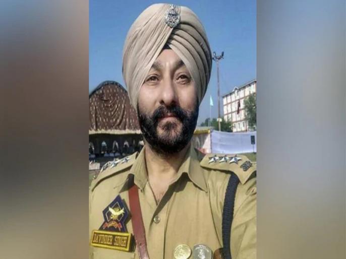 Reports claiming Davinder Singh was awarded gallantry medal not true says Jammu Kashmir Police | आतंकियों के साथ पकड़े गए DSP दविंदर सिंह को नहीं दिया गया वीरता पदक, खबरें निकलीं झूठी