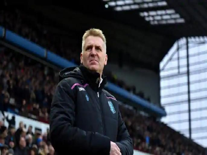 English Premier League: Aston Villa manager Dean Smith's father dies from COVID-19 | इंग्लिश प्रीमियर लीग क्लब के मैनेजर के पिता का कोरोना से निधन